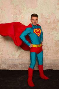 Superman 200x300 - Superman