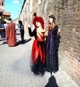 20190929 162532 275x300 - Halloween Milano