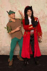 Capitan Uncino Peter Pan 200x300 - Capitan Uncino & Peter Pan
