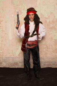 Jack Sparrow 200x300 - Jack Sparrow