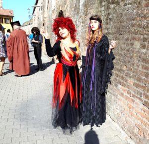 20190929 162535 300x291 - Halloween Milano